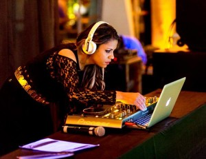 DJ Stephanya Lima