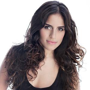 """Camila Camargo<br/><span class=""""parceria-ford"""">Parceria VIVA e FORD TV <br> (exclusivo Ford TV)</span>"""