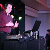 DJ Adriano Cortez e oSaxofonista Jairo Carneiro.